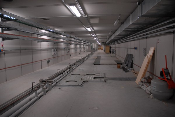 2009-04-00_LINAC TUNNEL FREE